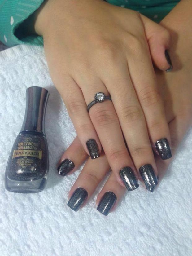 unhas-da-semana-silver-stone-beauty-color